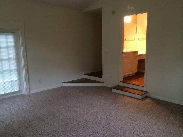 1035 Minnesota Ave-master-bedroom