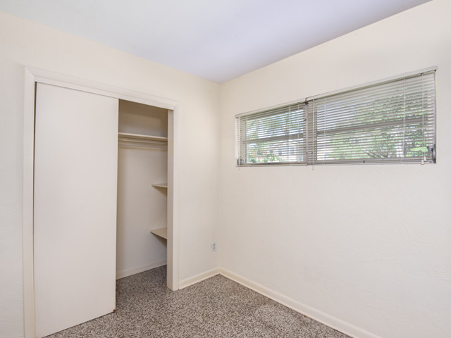 1240 Arlington - Bedroom 2b