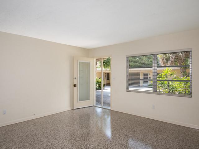 1240 Arlington - Living Room