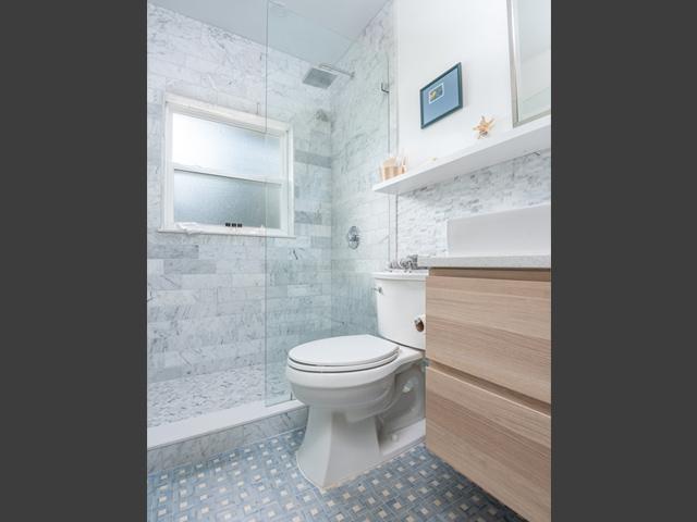 436-Knowles-3-Bathroom